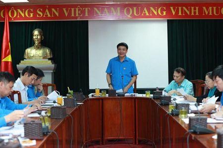 Doan Chu tich Tong LDLDVN: Hop Tieu ban Van kien chuan bi Dai hoi XII CDVN - Anh 1