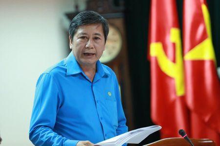 Doan Chu tich Tong LDLDVN: Hop Tieu ban Van kien chuan bi Dai hoi XII CDVN - Anh 2