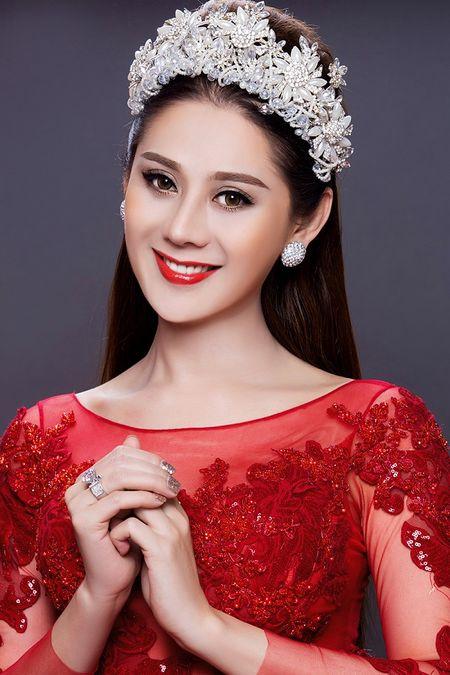 Bi Lam Khanh Chi to bo show, Phuong Thanh 'danh thep' dap tra - Anh 1