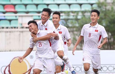 Truc tiep U18 Viet Nam - U18 Indonesia (2-0): Van Nam toa sang voi cu dup - Anh 1