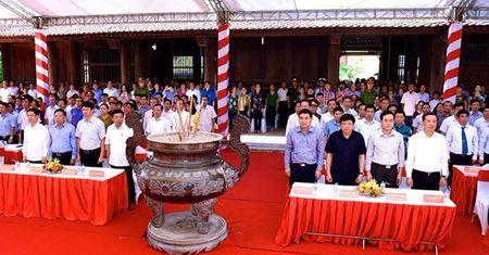 Tuong niem 48 nam ngay mat cua Chu tich Ho Chi Minh tai Nghe An - Anh 1