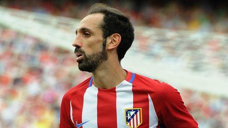 Messi va Sanchez linh xuong doi hinh mien phi he nam sau - Anh 2