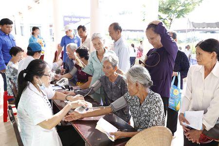 Khoi cong xay dung bia tuong niem duong day giao lien A210 - Anh 4