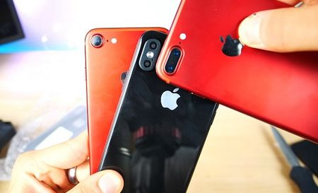 Apple dung chieu gi hut nguoi mua iPhone 8 voi gia 'cat co'? - Anh 1