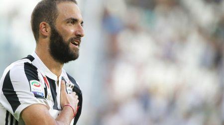 Top 10 ngoi sao huong luong cao nhat Serie A - Anh 10