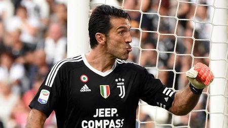 Top 10 ngoi sao huong luong cao nhat Serie A - Anh 6