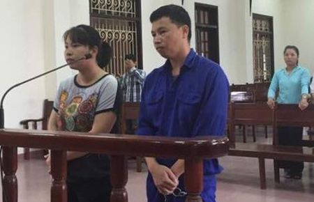 Cap vo chong lua dao dua nguoi di lao dong o nuoc ngoai linh 32 nam tu - Anh 1