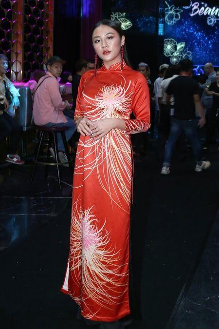 'Kate Moss' Viet hoi ngo Hoa hau cao nhat Viet Nam tai su kien - Anh 7