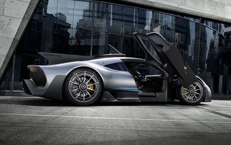 'Quai thu' Mercedes AMG Project One 1.000 ma luc xuat hien - Anh 4
