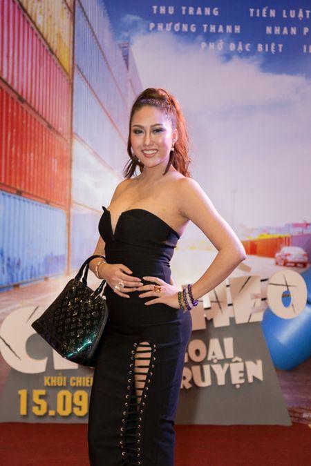 Phi Thanh Van ho bao pho dien tron vong 1 cung vong 3 'hon met' sau gan 3 thang phau thuat tham my - Anh 3