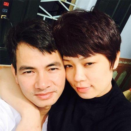 Vbiz 13/9: Vo bi chen ep, Xuan Bac hanh dong la, Ngoc Trinh he lo so tai san khung khong ngo den? - Anh 1