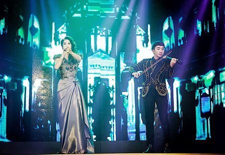 Hoang Rob dien do nang ky tai ngo dan chi Thu Phuong - Anh 5