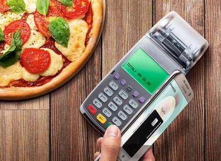 Samsung Pay: Thanh toan khong can vi hay the ngan hang - Anh 2