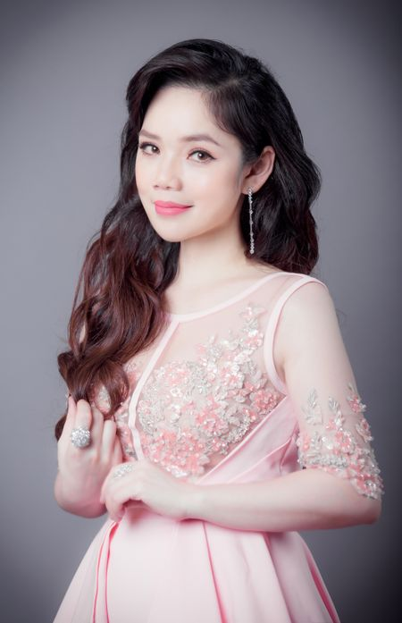 Vo chong nghe si violin Anh Tu lam liveshow ve tinh khuc phim Han - Anh 2