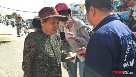 Doi truong doi bat cho tha rong: 'Nhieu chu cho chui boi, tru eo con chung toi khi sinh ra bi di tat…' - Anh 1
