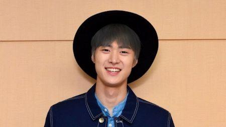 Tiet lo hinh anh Choi Siwon, Kang Sora va Gong Myung trong buoi doc kich ban dau tien cua 'Revolutionary Love' - Anh 4