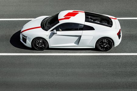Audi ra mat phien ban dac biet R8 RWS 2018 - Anh 2