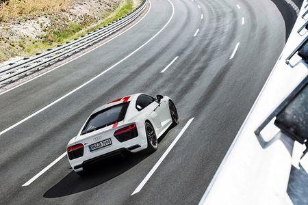 Audi ra mat phien ban dac biet R8 RWS 2018 - Anh 4