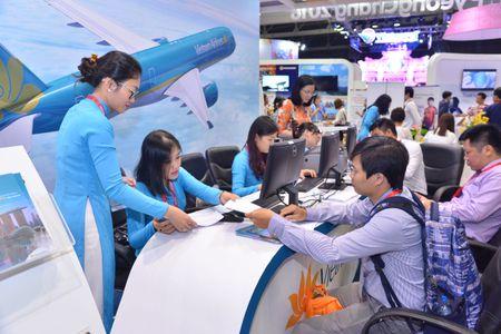 Ap gia dich vu moi, Vietnam Airlines khang dinh khong tang cuoc van chuyen - Anh 1