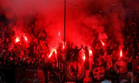 San nha cua Maribor ngap trong 'khoi lua' o Champions League - Anh 4