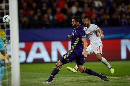 San nha cua Maribor ngap trong 'khoi lua' o Champions League - Anh 7