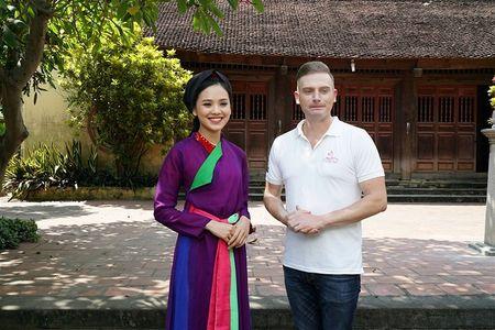 Top 10 Hoa hau Viet Nam 2016 To Nhu tai xuat voi hinh anh khac la - Anh 1