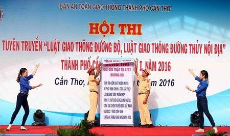 Can Tho: To chuc Hoi thi tuyen truyen Luat Giao thong nam 2017 - Anh 1