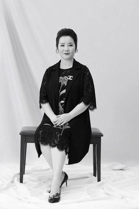 Hoa hau Hoan vu Viet Nam 2017 chinh thuc tung bo anh dan giam khao cam can nay muc - Anh 2