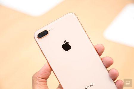 Bo doi iPhone 8 va 8 Plus chi la 'don' kich cau cho iPhone X - Anh 2