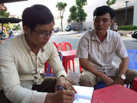 Truong cong an xa xin nghi viec de lam phu xe container - Anh 2