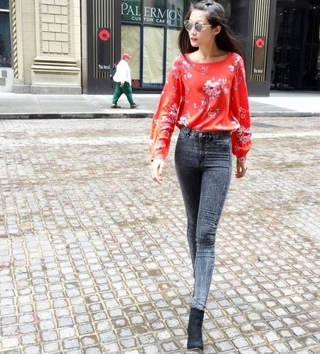 My nhan Viet langxe phong cach nu tinh tren san dien street style - Anh 14