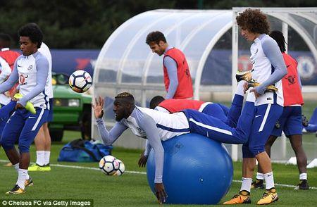 Chelsea chuan bi dai chien Arsenal bang bai tap sieu di - Anh 12