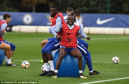 Chelsea chuan bi dai chien Arsenal bang bai tap sieu di - Anh 2