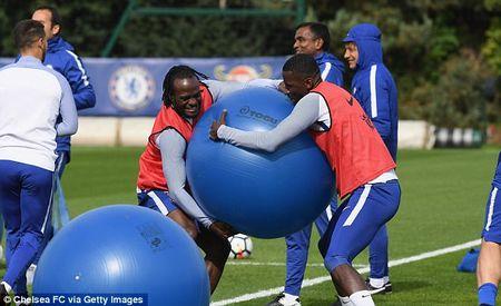 Chelsea chuan bi dai chien Arsenal bang bai tap sieu di - Anh 3