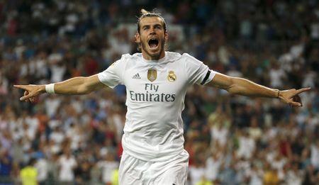 Sao Real hua nhau benh vuc Gareth Bale - Anh 2