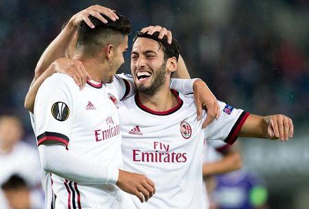 Austria Wien 1-5 AC Milan: Lan dau my man - Anh 4