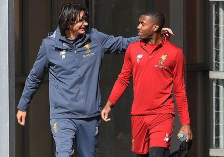 Vang bong Mane, Coutinho de dang 'lam loan' san tap Liverpool - Anh 1