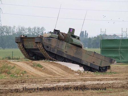 T-90 Viet Nam nam top 7 xe tang hien dai nhat the gioi - Anh 12