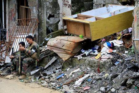 Chum anh canh tuong do nat trong thanh pho Marawi - Anh 3