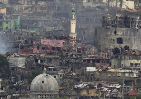 Chum anh canh tuong do nat trong thanh pho Marawi - Anh 9