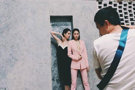 Hot Face sao Viet 24h: Bat ngo qua sinh nhat Hoai Linh tang me - Anh 11