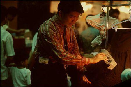 Cuoc song o Brunei nam 1992 qua ong kinh nguoi Nga (1) - Anh 11