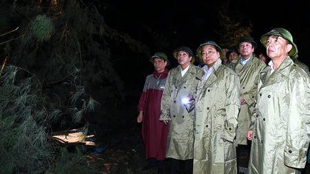 Thu tuong Nguyen Xuan Phuc: Khong de nguoi dan vao canh man troi chieu dat - Anh 2