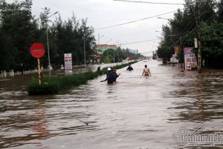 Do Son 'that thu', Nam Dinh duong bien thanh song - Anh 6