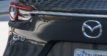 Mazda CX-8 danh rieng thi truong Nhat Ban, chot gia 660 trieu dong - Anh 3
