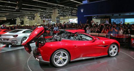 Can canh sieu xe mui tran Ferrari Portofino vua ra mat - Anh 10