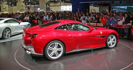 Can canh sieu xe mui tran Ferrari Portofino vua ra mat - Anh 15