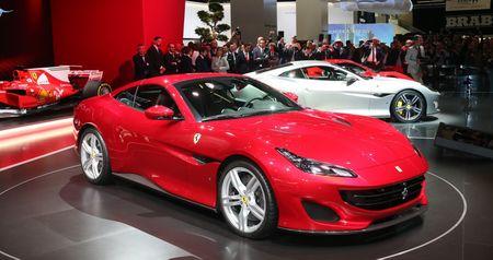 Can canh sieu xe mui tran Ferrari Portofino vua ra mat - Anh 1