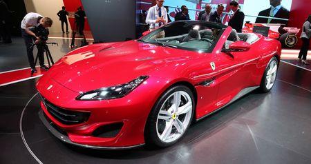 Can canh sieu xe mui tran Ferrari Portofino vua ra mat - Anh 2
