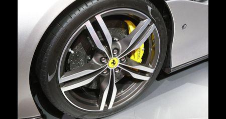 Can canh sieu xe mui tran Ferrari Portofino vua ra mat - Anh 7